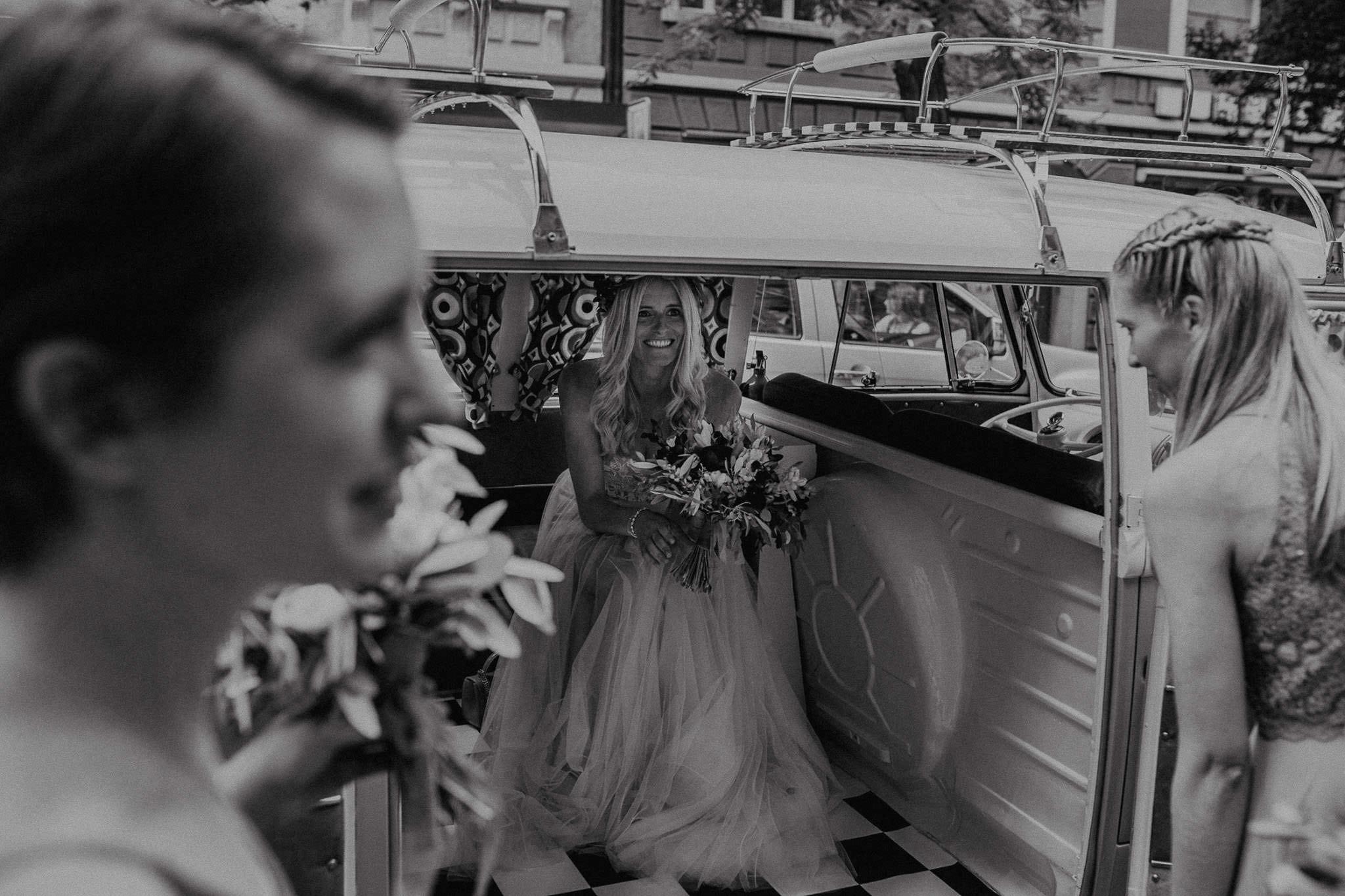 Wedding_in__Switzerland_Bringmesomewherenice_097
