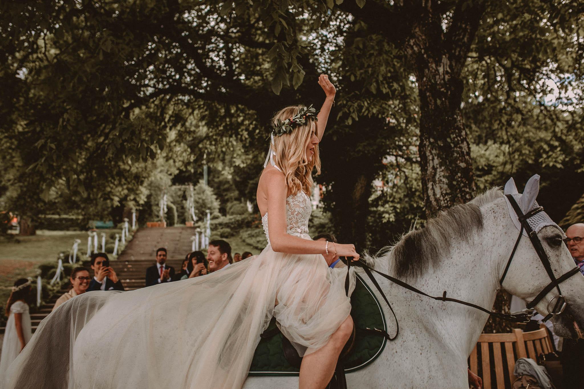 Wedding_in__Switzerland_Bringmesomewherenice_162