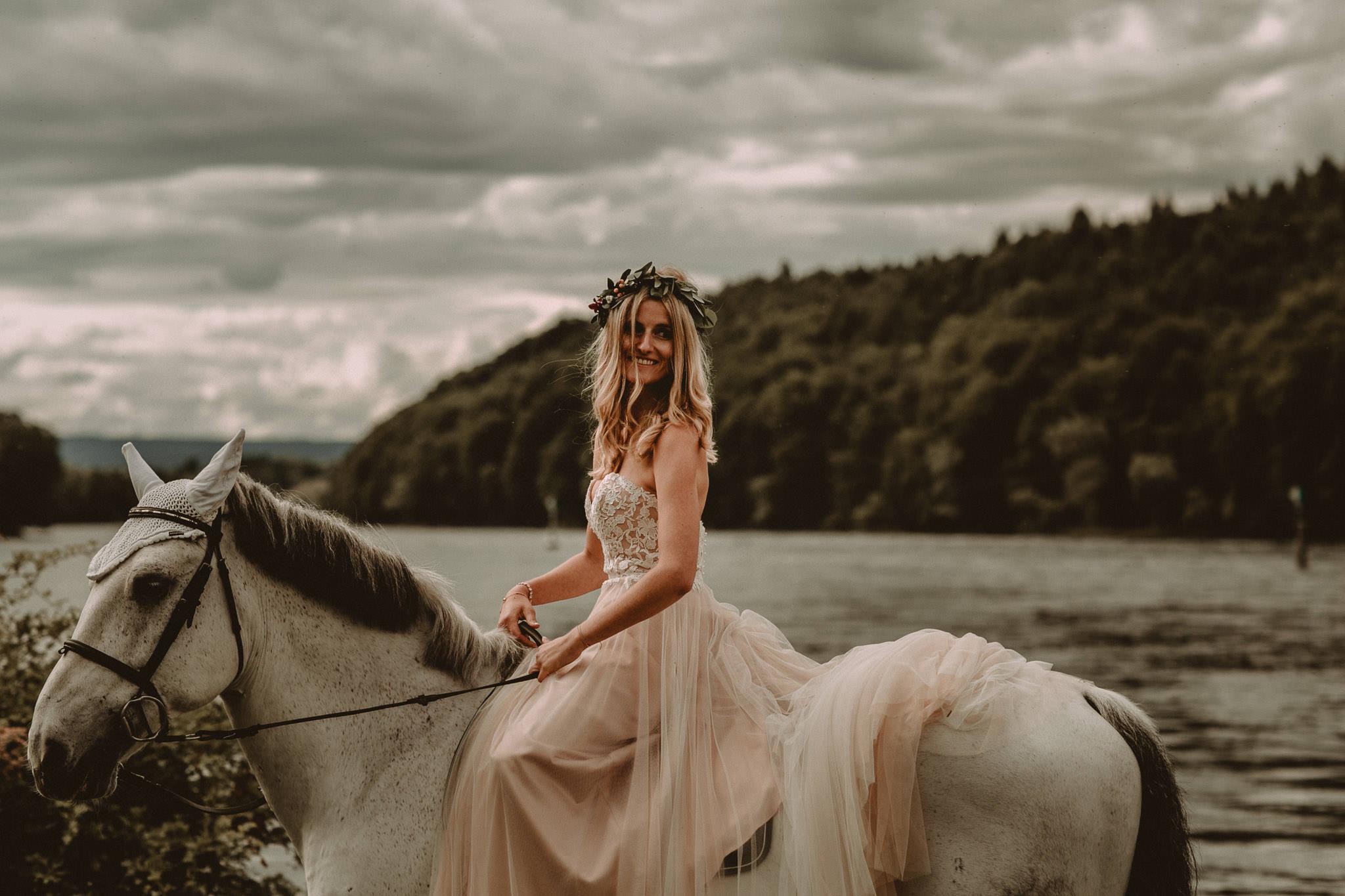 Wedding_in__Switzerland_Bringmesomewherenice_163