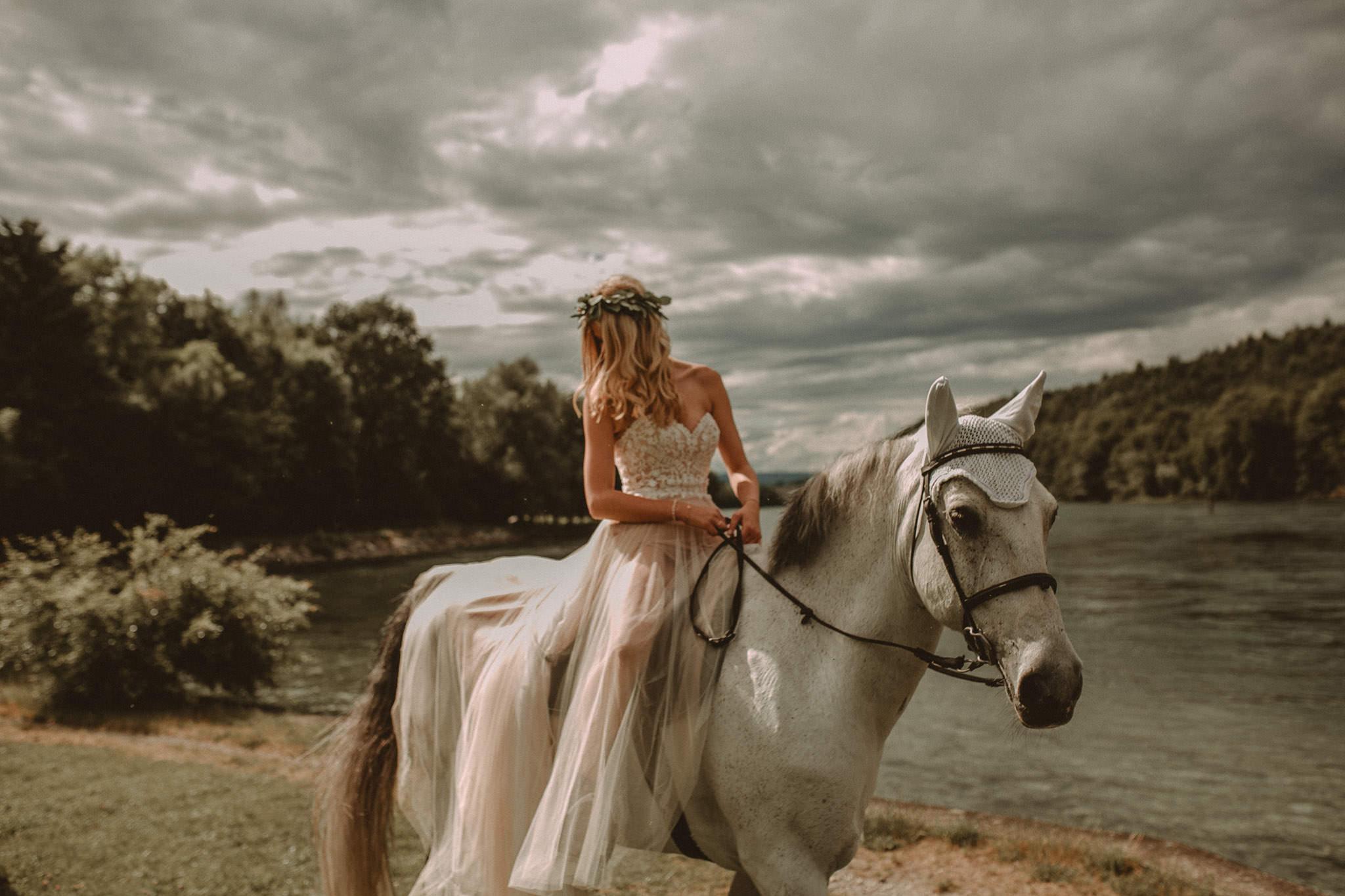 Wedding_in__Switzerland_Bringmesomewherenice_165