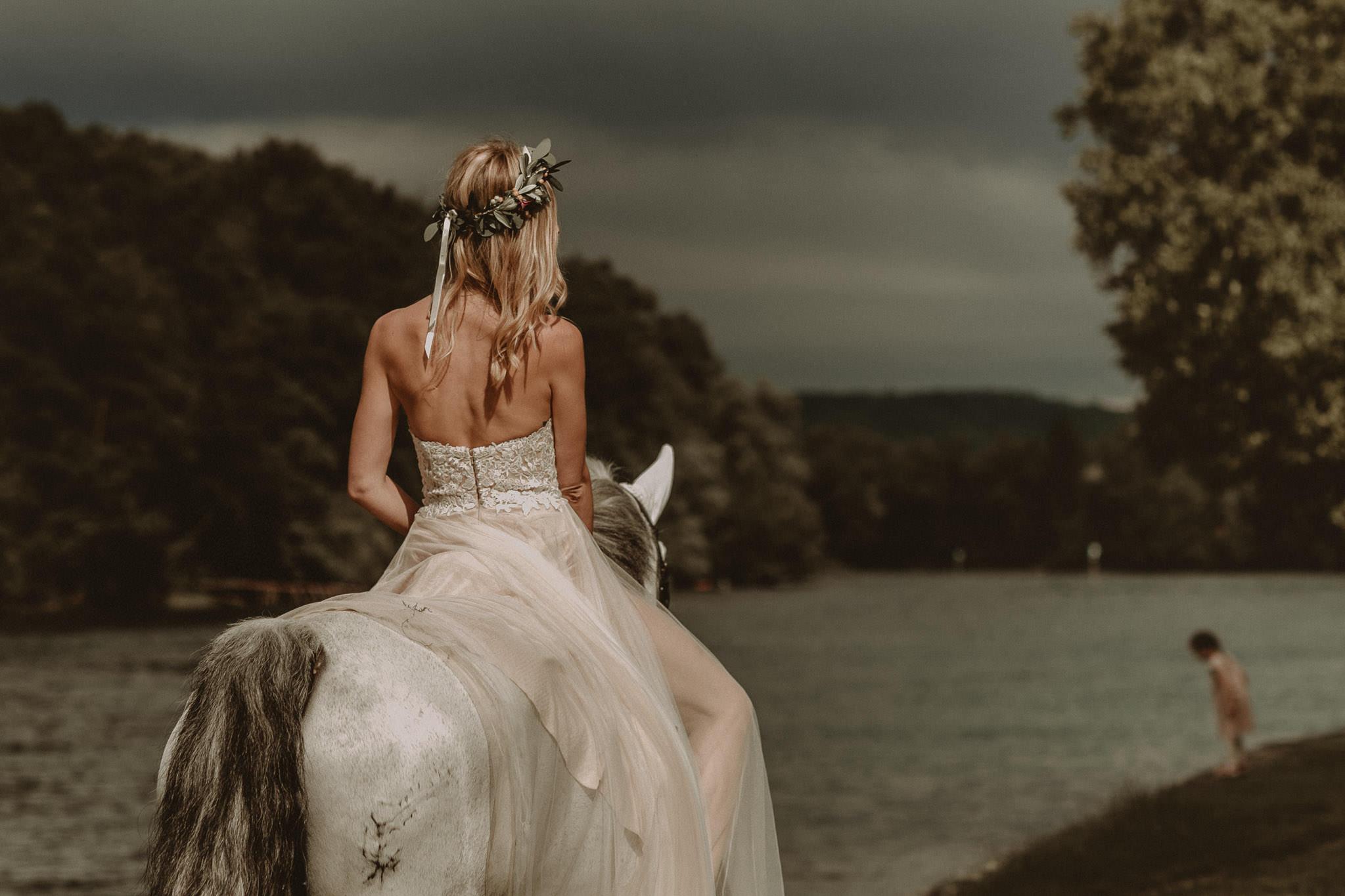 Wedding_in__Switzerland_Bringmesomewherenice_166