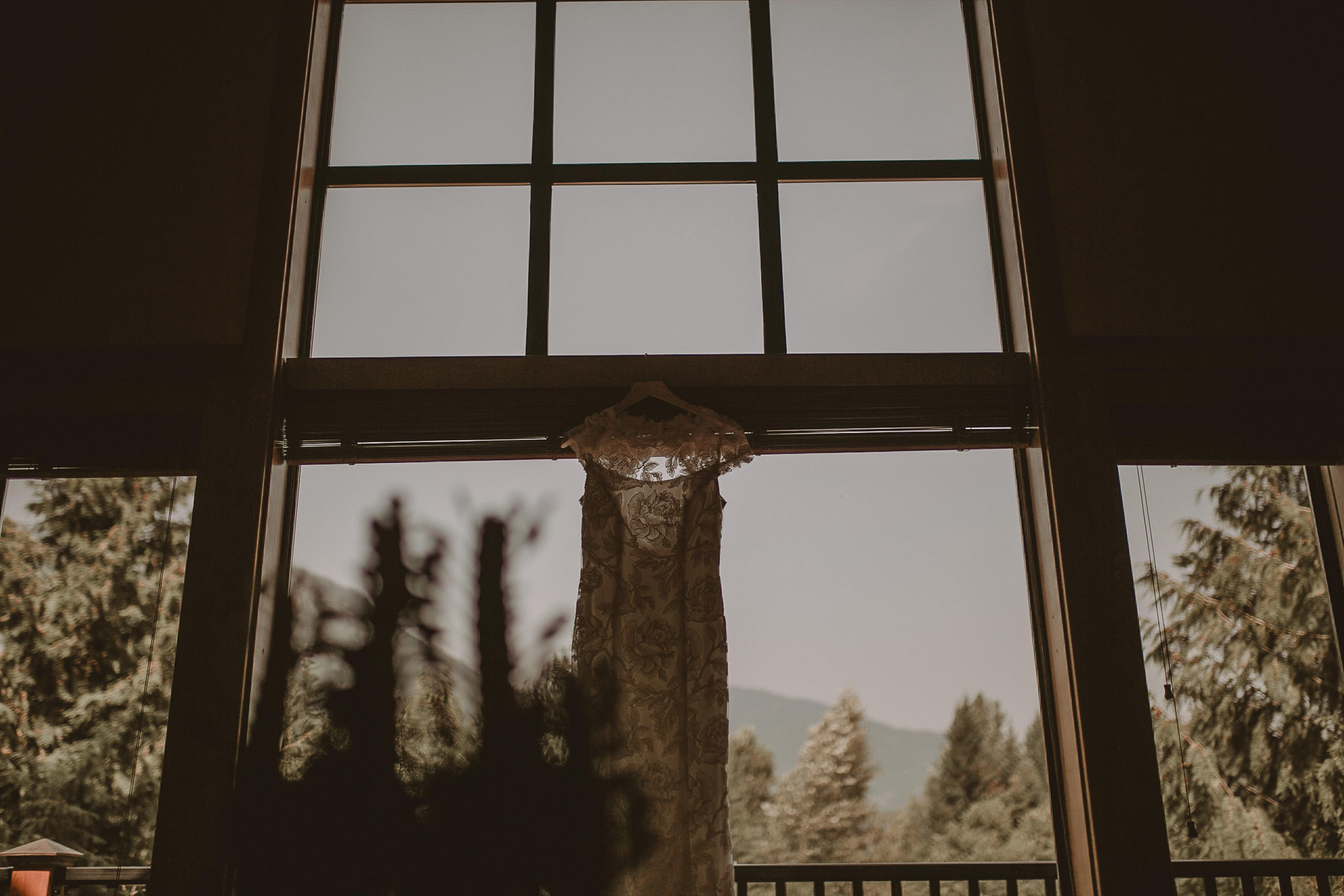 Vancouver-Intimate-wedding-photographer-001