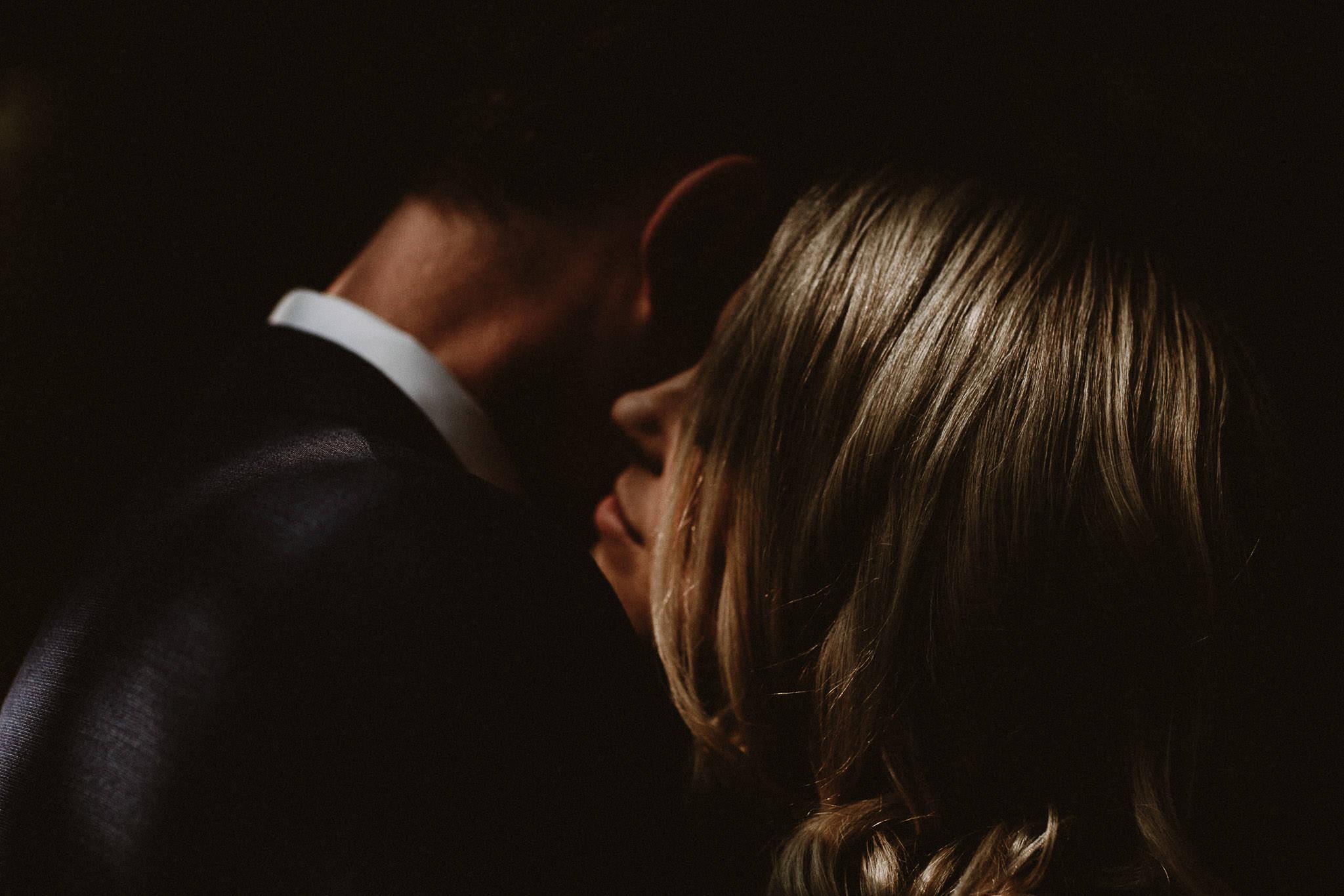 Vancouver-Intimate-wedding-photographer-001-6
