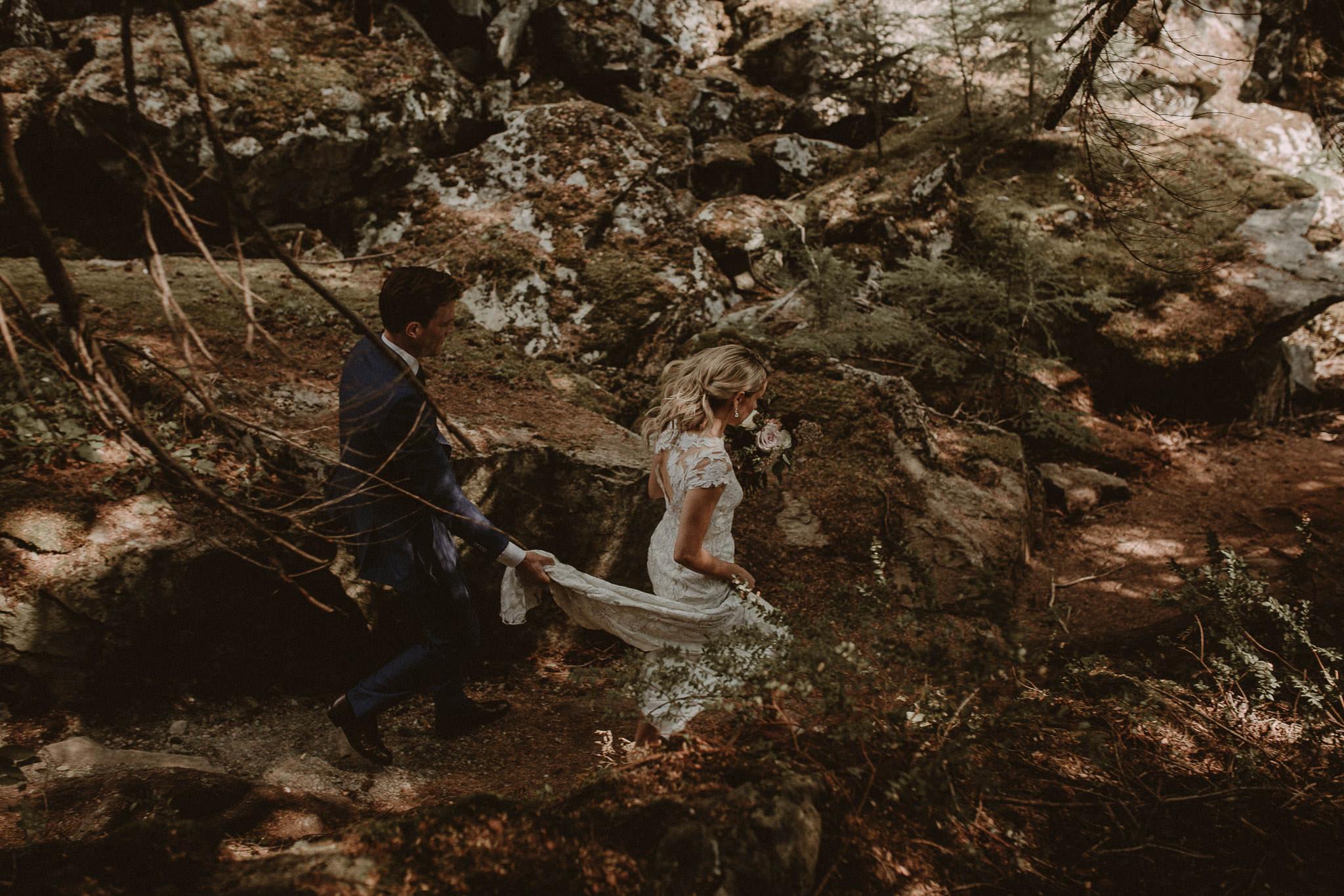 Vancouver-Intimate-wedding-photographer-002-3