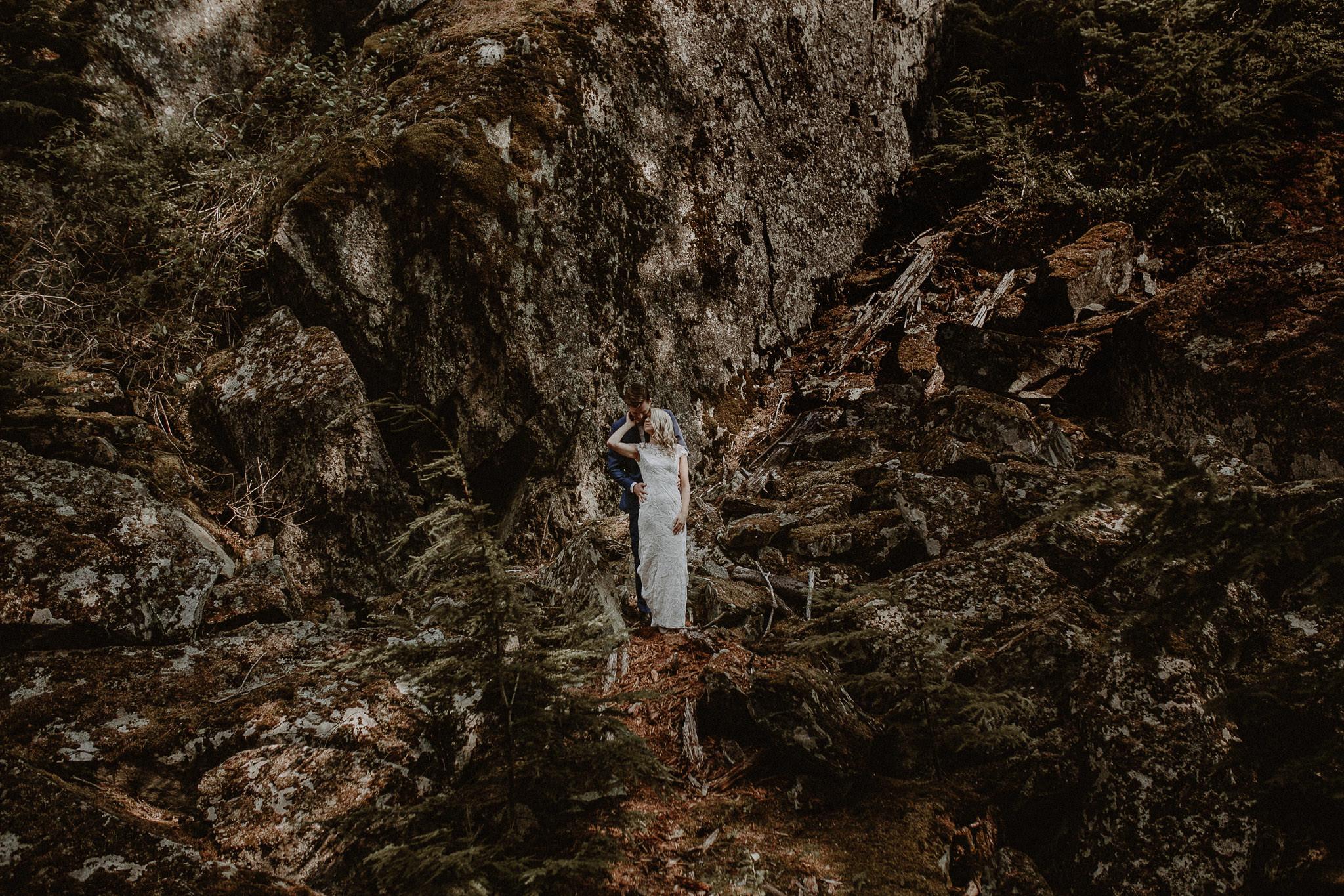 Vancouver-Whistler-wedding-photographer-002-2