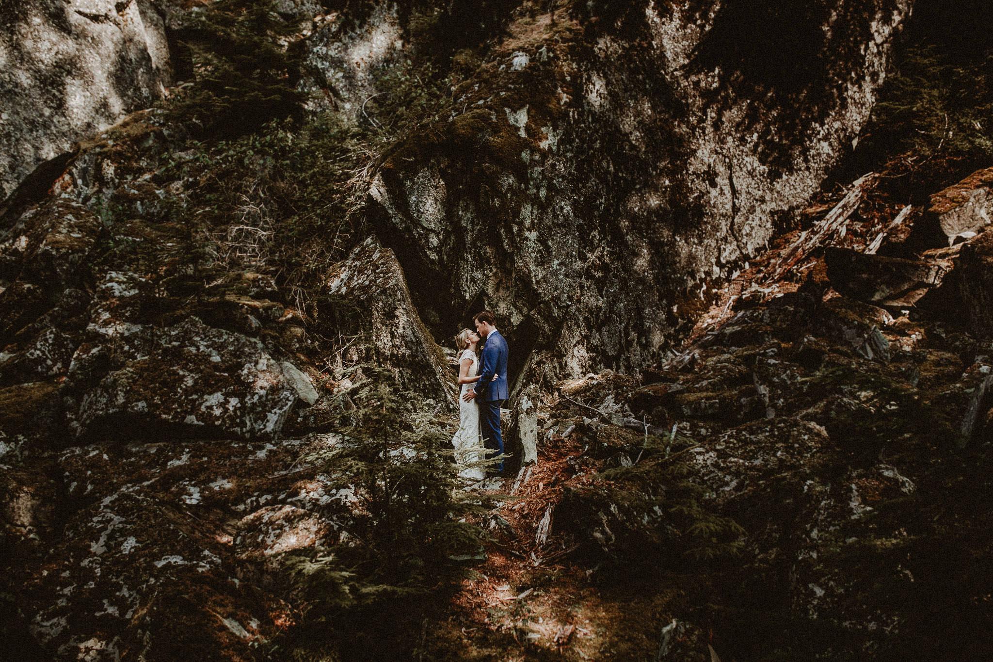 Vancouver-Whistler-wedding-photographer-003-2