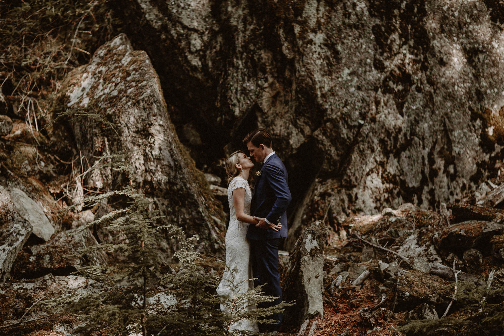 Vancouver-Whistler-wedding-photographer-004-2