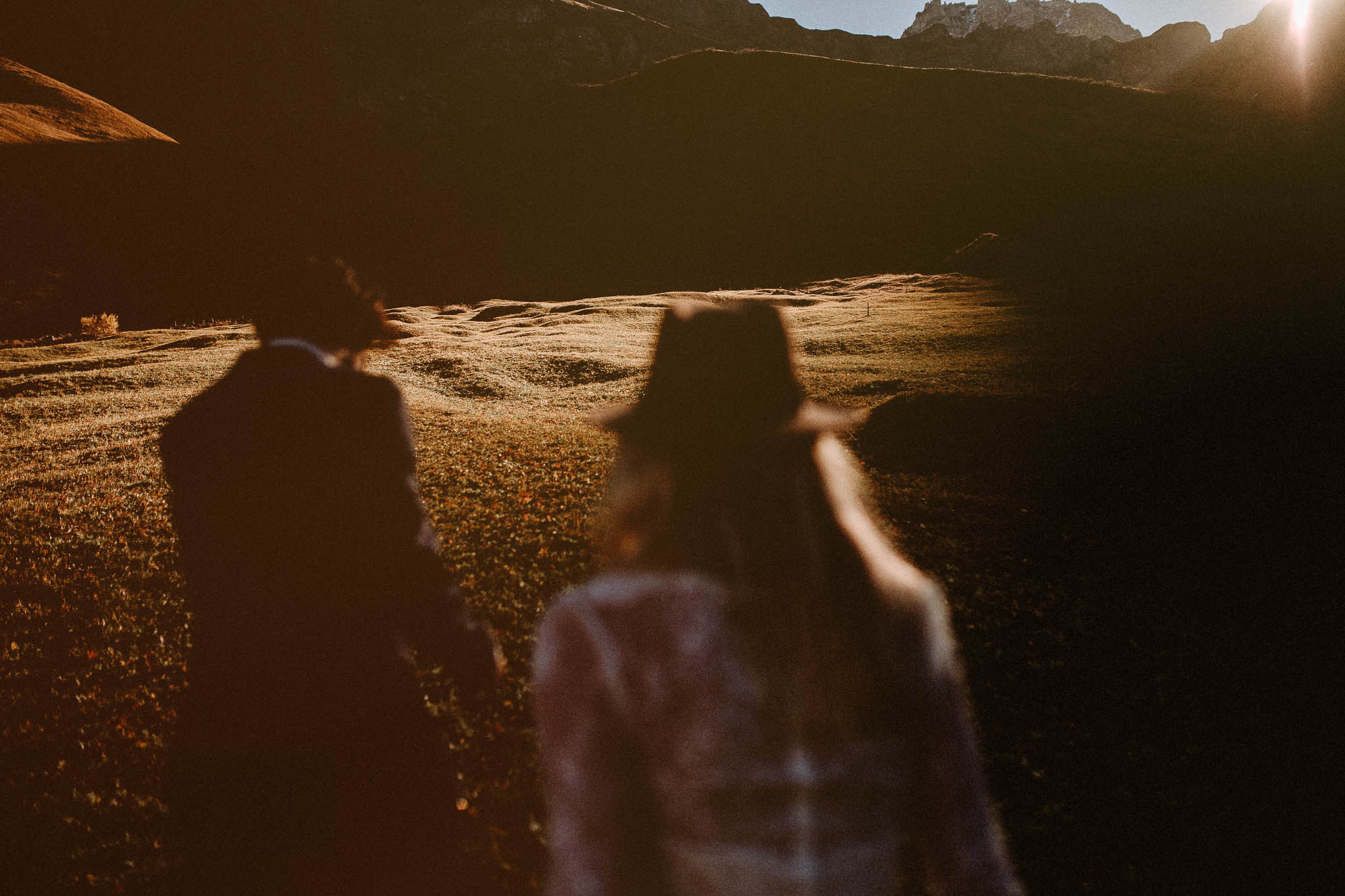 Boho and vintage wedding in the swiss mountains