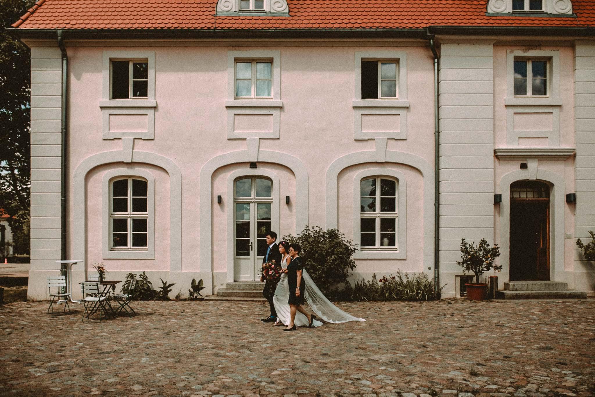 Hochzeit_Gut_Suckow_Bringmesomewherenice_042