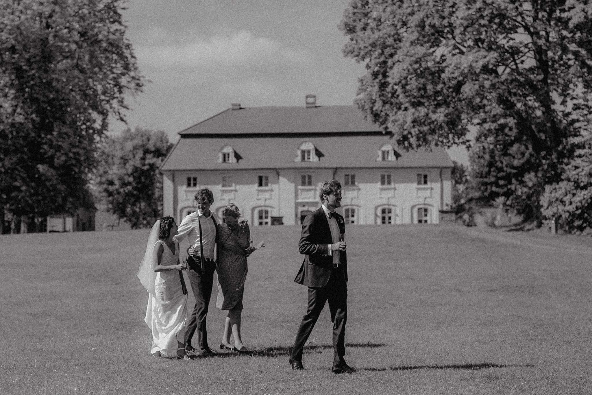 Hochzeit_Gut_Suckow_Bringmesomewherenice_093